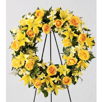 S38-4217 The FTD Ring of Friendship Wreath